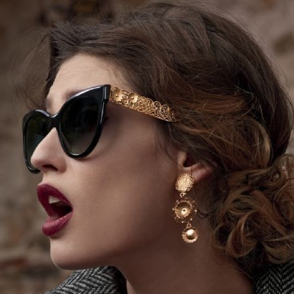c71347440c0 Dolce   Gabbana Accessories - Dolce   Gabbana cat-eye sunglasses