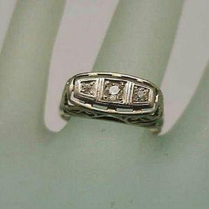 Jewelry - Art deco 14k white gold 3 old cut diamonds ring