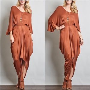 VENUS draped loose sleeve dress - BRICK