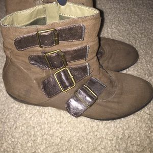 Madden Girl Shoes - Madden girl olive green booties
