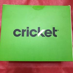 Cricket Alcatel Idol 4 with VR Experience