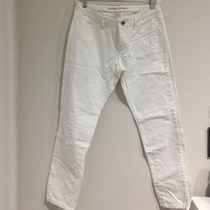 Banana Republic Denim - Banana Republic White denim Jeans