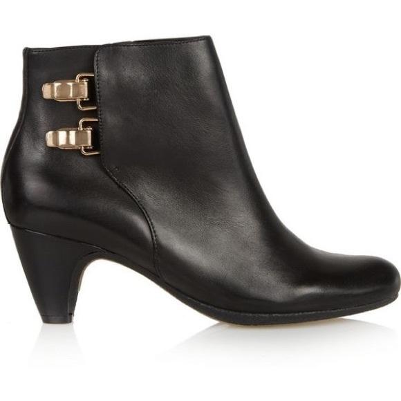 b4ccc487b55a5f Sam Edelman Marmont Leather Bootie. M 586c607b3c6f9fa610028f79