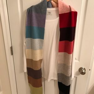 GAP multi color scarf