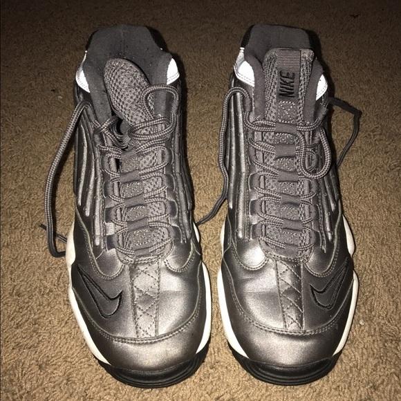 Zapatos Nike Air Max Zapatillas Ken Griffey Ii Silver Zapatillas Max Poshmark 4b7c74