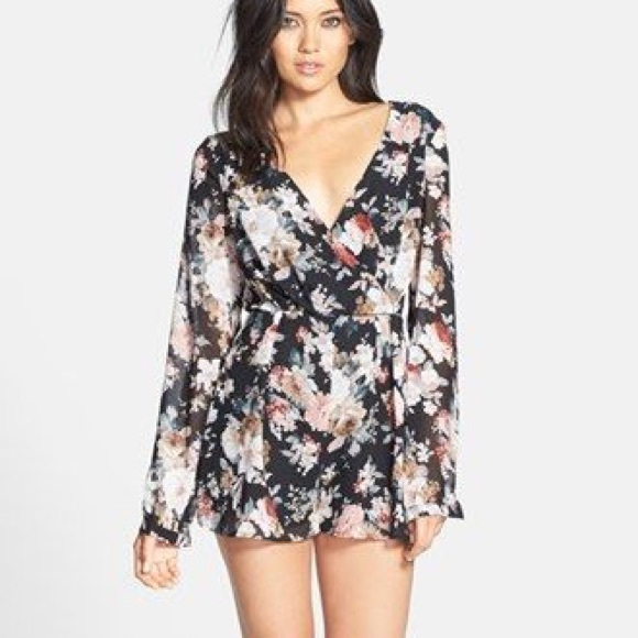 814df662db3 Nordstrom Glamorous long sleeve floral romper. M 586c71c1291a35efe0171f3e