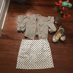 J. Crew Factory Dresses & Skirts - NWOT White patterned J Crew mini skirt