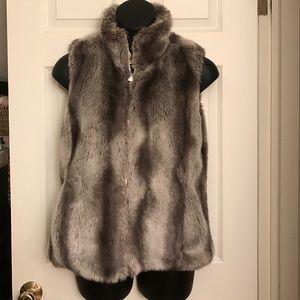 Kristen Blake Reversible Faux Fur Vest medium