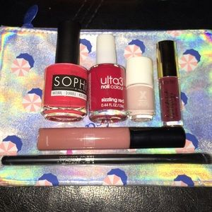 Other - MAKE-UP BUNDLE (Nail polish, Lip gloss, brush,bag)