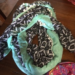 PacSun Accessories - Black and White Aztec Scarf with Teal