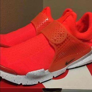 Nike Other - Nike SockDart SE