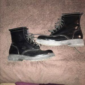 Dr. Martens Shoes - Black boots