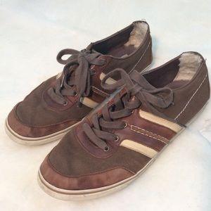 Men's Ugg Size 11 Bryson Shoes