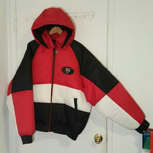 Xl Chicago Bulls vintage jacket. M 586c8c9bc6c795ad0017879d 786c28ab4d5f