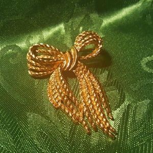 Fancy Vintage Rope Bow Brooch