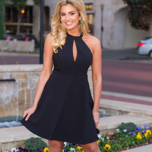 38 Off Sadie Coleman Dresses Amp Skirts 🆕 Black Halter