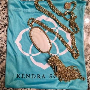 Kendra Scott Rayne Necklace in White Pearl/Gold
