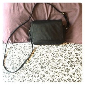 •H&M• Small Faux Pebble Leather Bag.