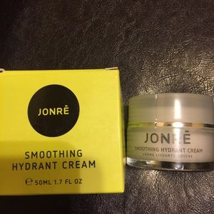 Other - Face Smoothing Hydrant Cream