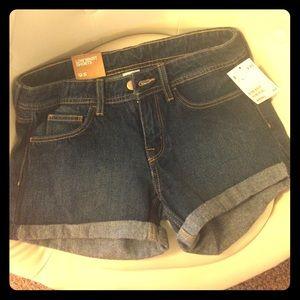 H & M low waist shorts