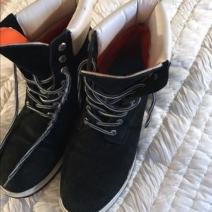 Timberland Other - Price drop today!!Timberland boots in good cond!