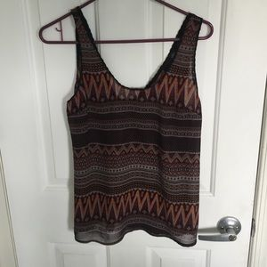 Tops - Patterned tank top