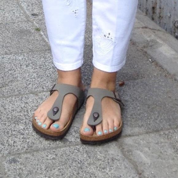 Birkenstock Shoes - BIRKENSTOCK Gizeh Sandals Taupe Leather bbfa2ecae48