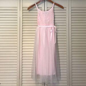 Zunie Other - Light pink dress with soft overlay