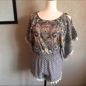 Joe & Elle Dresses & Skirts - Chambray/Ivory Joe & Elle Paisley Print Romper 😇
