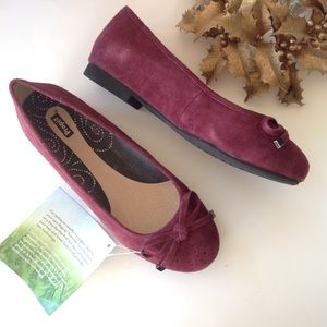 Propet Shoes - NEW PROPET suede leather ballet flats plum wine 6