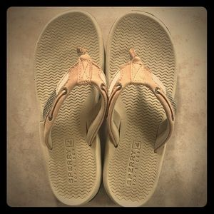 Boys Sperry Flip Flops