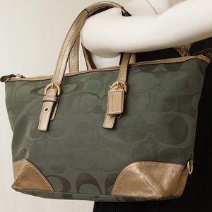 Coach Handbags - 🚨DEAL OF THE DAY🚨COACH Green Convertible Tote
