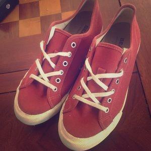 SeaVees Shoes - Size 7.5 Seavees