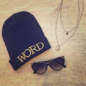 Word beanie