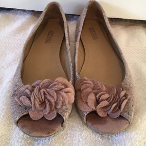 Kenneth Cole Reaction Shoes - Cute Kenneth Cole flats!!