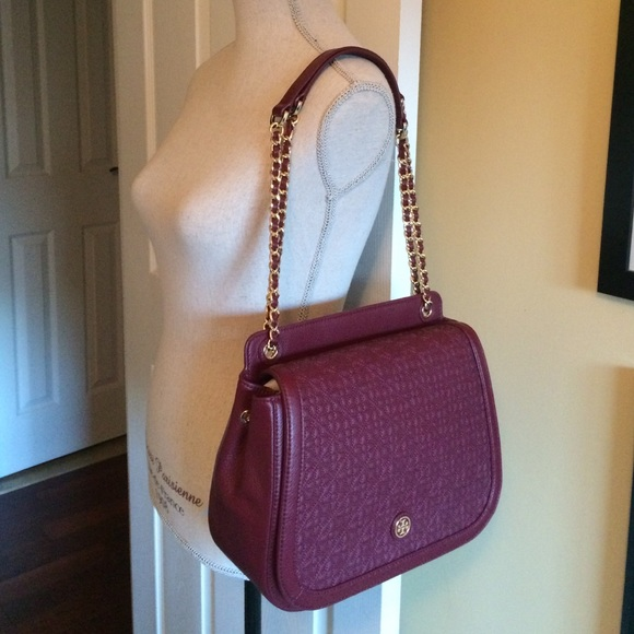 6751ddca8b9e Tory Burch Bryant quilted shoulder bag