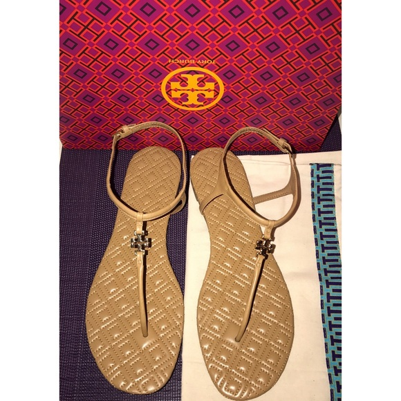 11edf5800d7 NEW - Tory Burch Marion Quilted Sandal in Sand