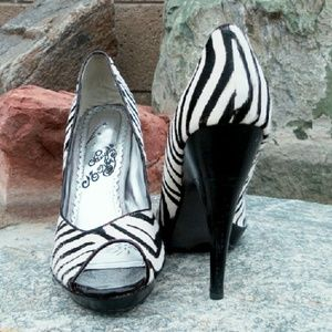 naughty monkey Shoes - ✂ Naughty Monkey zebra ponyhair pumps