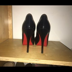 Shoes - Must Reserve 1st! Christian Louboutin Red Bottoms