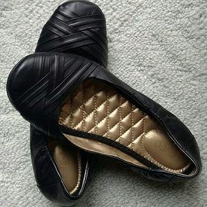 Comfy Black Flats
