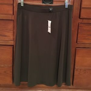 New York & Company Dresses & Skirts - NWT Brown skirt from New York and company.
