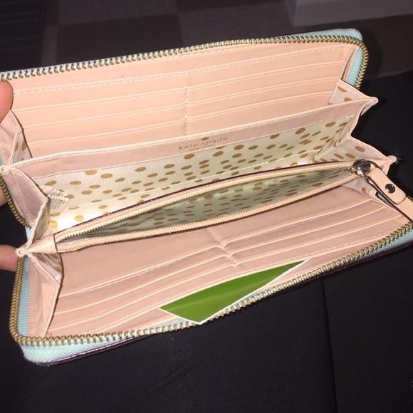 kate spade Bags - Kate Spade Wellesley Wallet