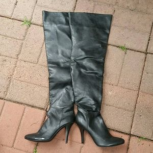 Black over the knee boot NEW