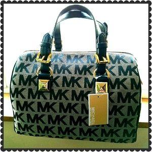 Michael Kors Handbags - Michael Kors Grayson handbag/brand new w tags