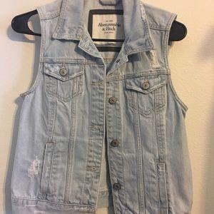 Abercrombie & Fitch jean vest