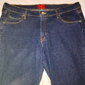 Levi's Bootcut Jeans with stretch