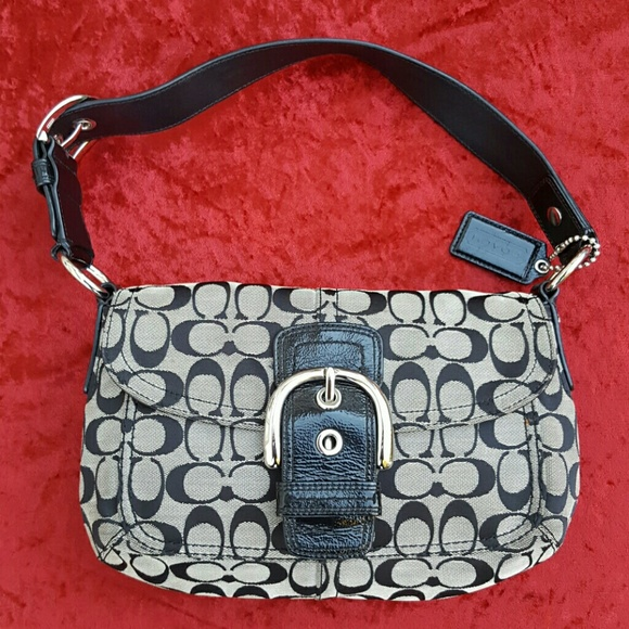 a6b5caad25 Coach Handbags - Authentic Coach Grey and Black Purse