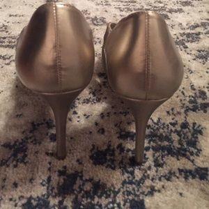 Shoes - ✨FLASH SALE ✨Gold, Glitter Stiletto