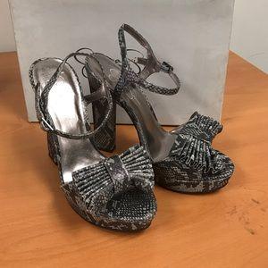 Jessica Simpson snake patent high heel (CASA pew)