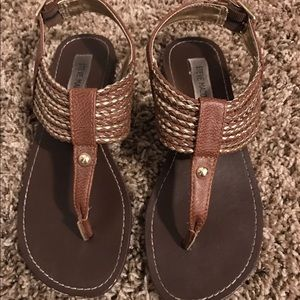 Steve Madden Stagge Sandals Size 6